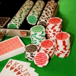 2 Parallels Between Poker and Startups